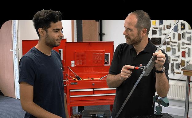 locksmith training course locksmith showing how to