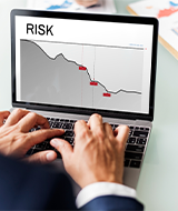 risk assessment image on laptop